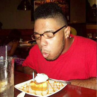 A man celebrating his birthday at Red Lobster.