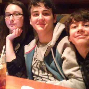A family dining together at Red Lobster.